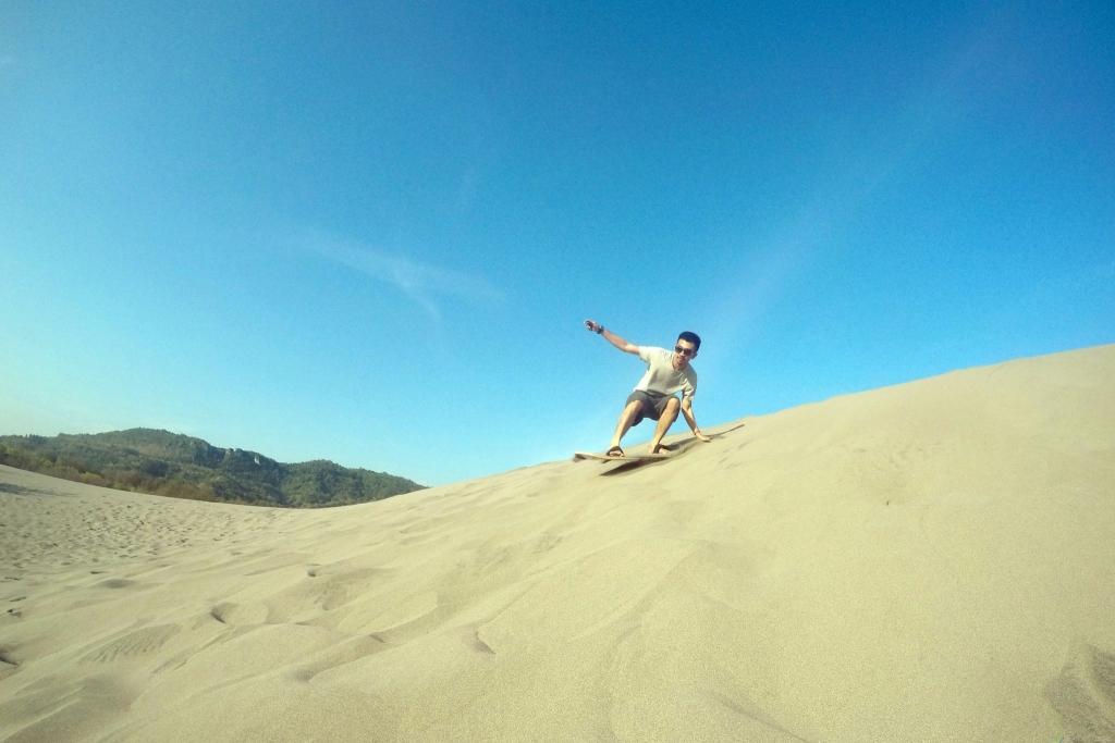 gumuk pasir parangkusumo