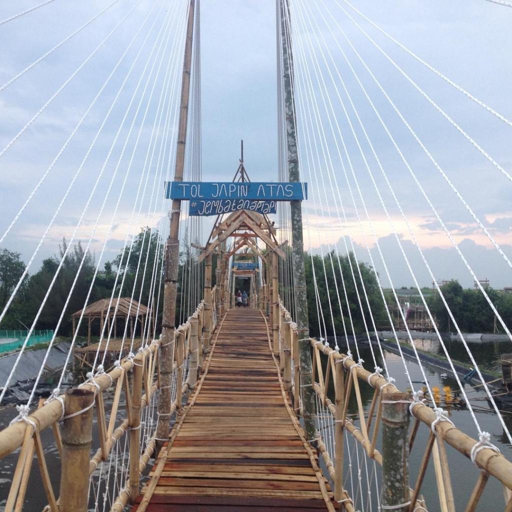 jembatan api api